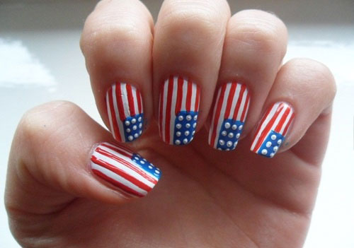 American Flag Manicure. Image source - 15 Easy & Cool Fourth Of July American Flag Nail Designs 4th Of