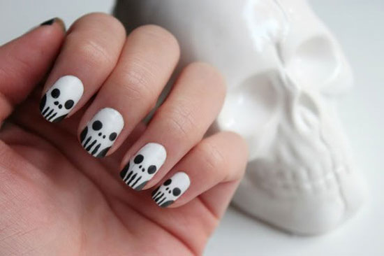 25 simple easy scary halloween nail art designs ideas skull nails for halloween prinsesfo Choice Image