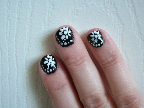 20 Easy Amp Simple Black Nail Art Designs Supplies Amp Galleries For Beginners Girlshue