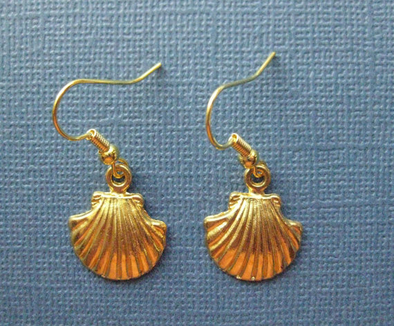 25+ Seashell Jewelry Items for Summer 2016 16