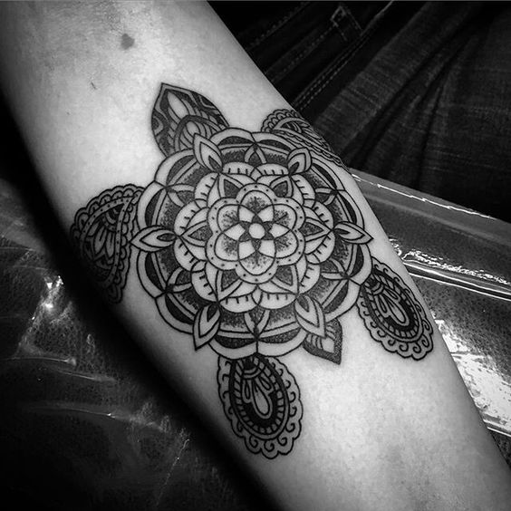 Mandala Tattoo Ideas for Summer 2016 1