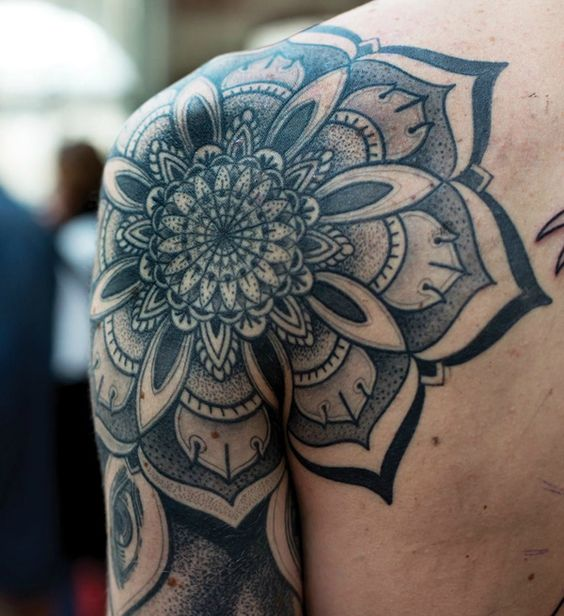 Mandala Tattoo Ideas for Summer 2016 11