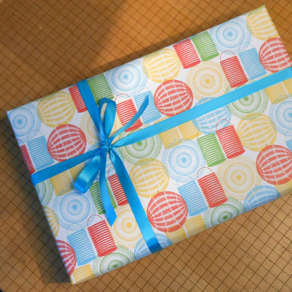 15+ Summer Themed Wrapping Papers 2