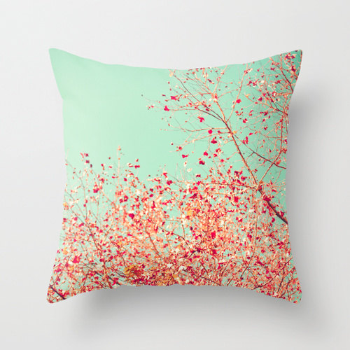 20-stylish-fall-pillows-2016-13