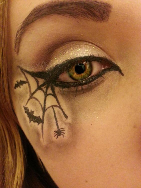 eyeliner-ideas-for-halloween-2016-12
