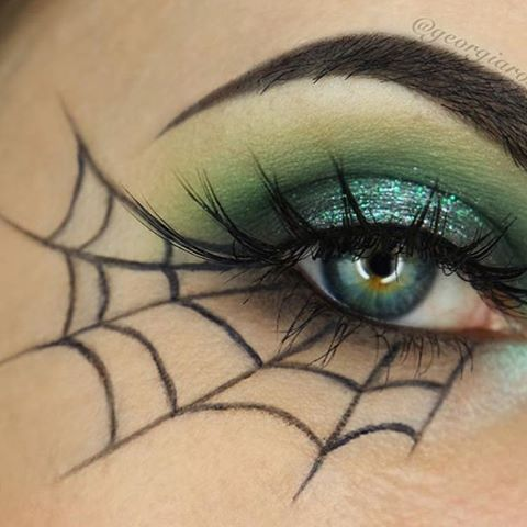 eyeliner-ideas-for-halloween-2016-4
