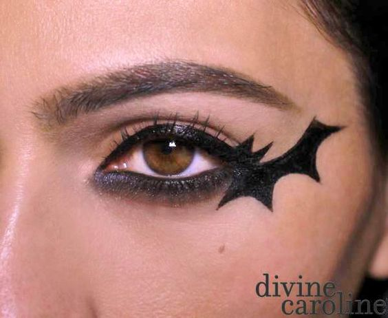 eyeliner-ideas-for-halloween-2016-5