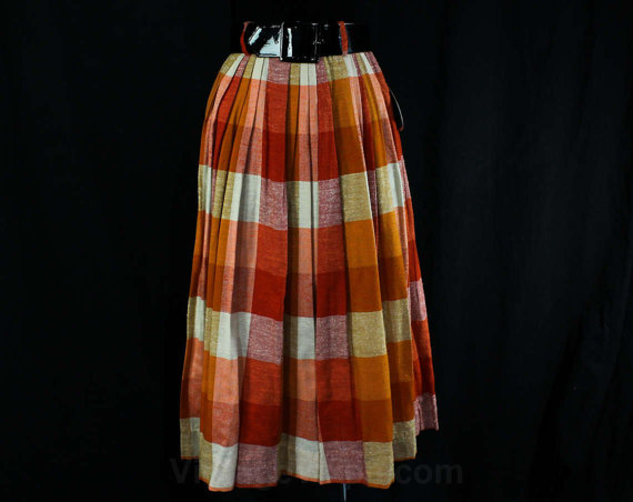 lovely-plaid-skirts-for-fall-2016-5