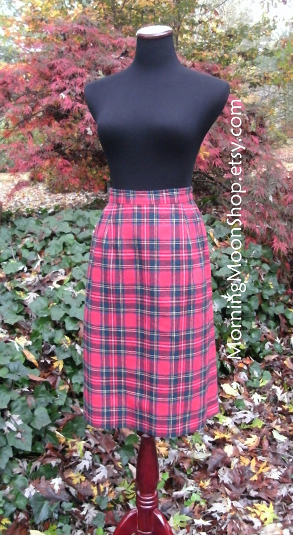 lovely-plaid-skirts-for-fall-2016-7
