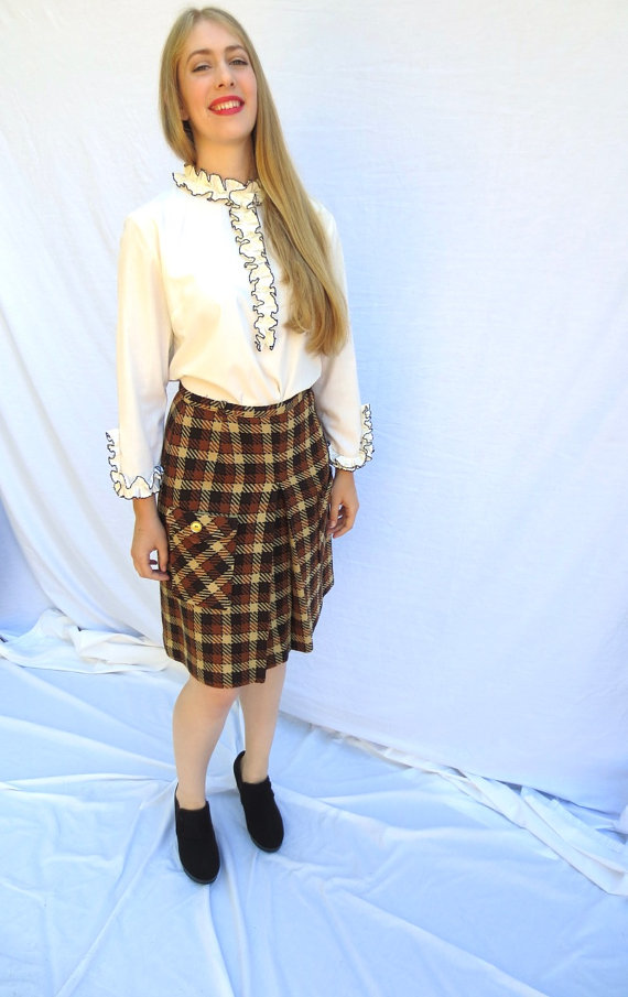 lovely-plaid-skirts-for-fall-2016-9
