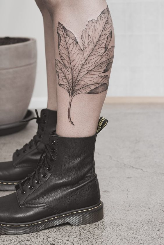 maple-leaf-tattoos-for-autumn-2016-8