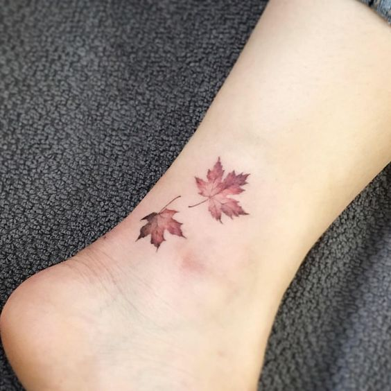 maple-leaf-tattoos-for-autumn-2016-9