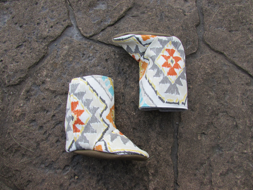 stylish-autumn-boots-for-kids-11