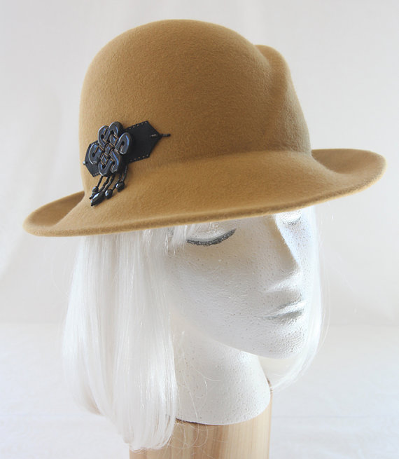 wide-brimmed-hats-for-autumn-2016-6