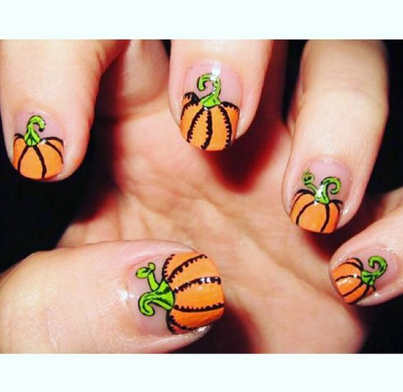 25-pumpkin-nail-art-ideas-2016-15