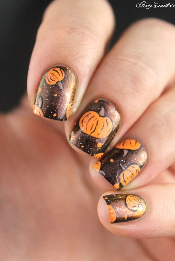 25-pumpkin-nail-art-ideas-2016-21