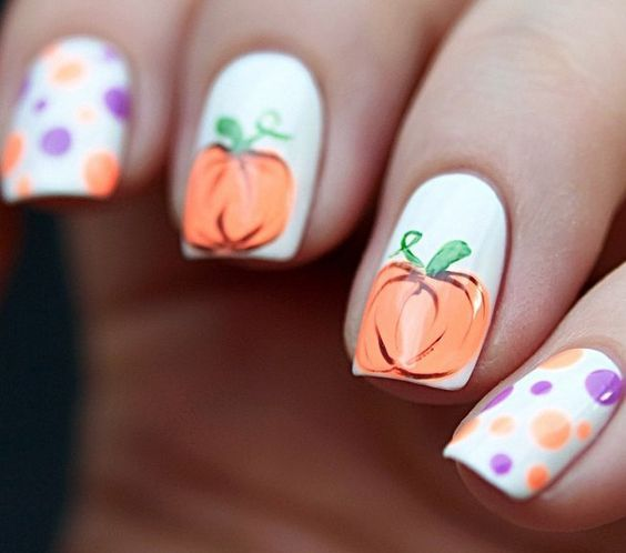 25-pumpkin-nail-art-ideas-2016-24