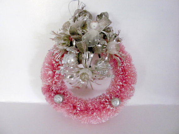 creative-and-lovely-christmas-wreaths-2016-16