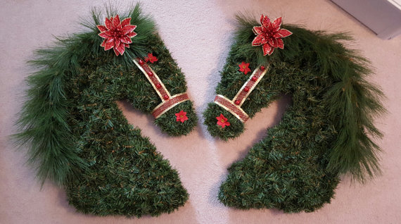 creative-and-lovely-christmas-wreaths-2016-9
