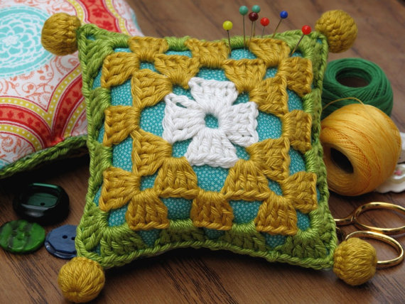 crochet-kit-and-supplies-gift-ideas-for-autumn-2016-3