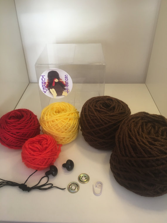 crochet-kit-and-supplies-gift-ideas-for-autumn-2016-4