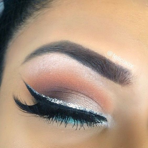 thanksgiving-eyeliner-makeup-ideas-2016-11