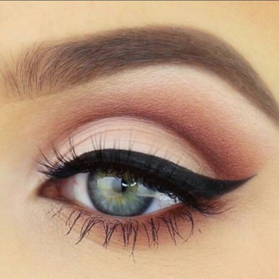 thanksgiving-eyeliner-makeup-ideas-2016-4