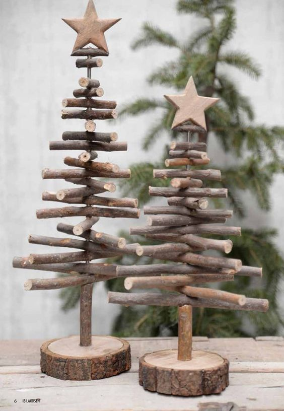 25 Fun and Creative Christmas Tree DIY and Craft Ideas 2016