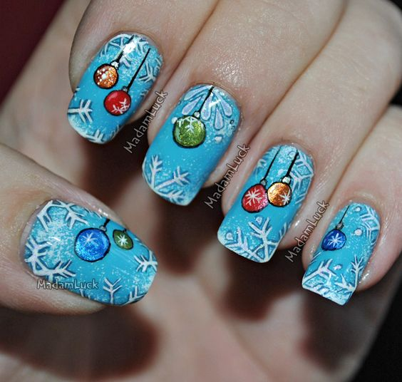 30-creative-snowflake-nail-art-ideas-2016-16