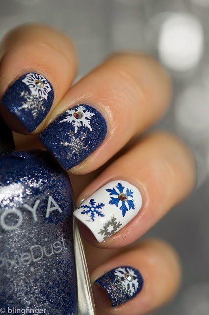 30-creative-snowflake-nail-art-ideas-2016-29