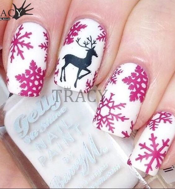 30-creative-snowflake-nail-art-ideas-2016-3