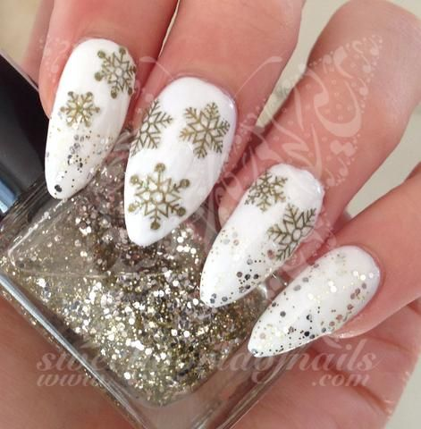 30-creative-snowflake-nail-art-ideas-2016-5