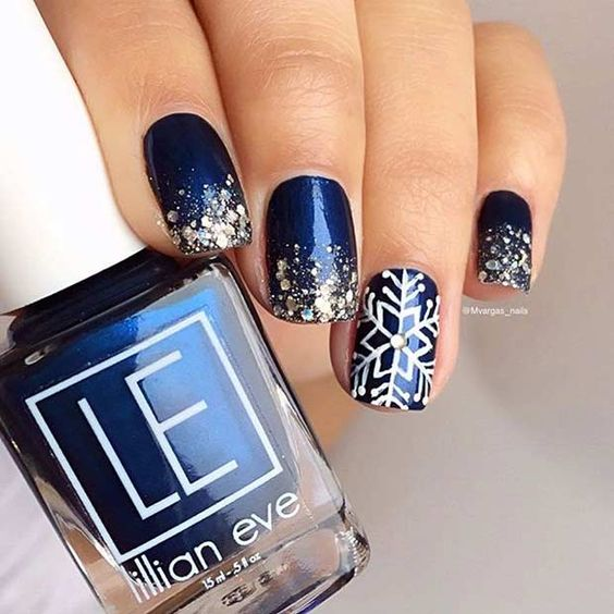 30-creative-snowflake-nail-art-ideas-2016-7