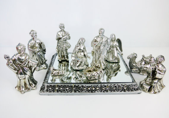 amazing-nativity-sets-and-decorations-2016-13
