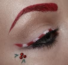 creative-christmas-eyeliner-ideas-2016-1