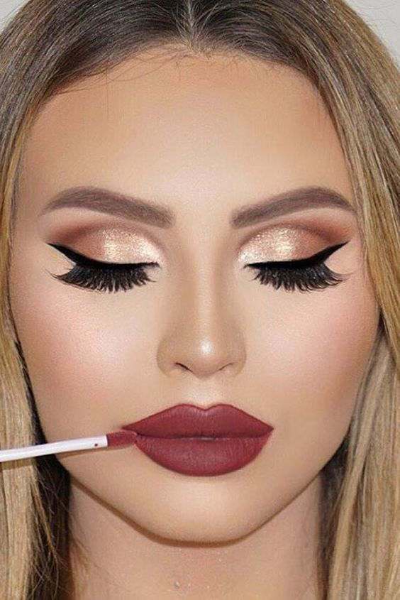 creative-christmas-eyeliner-ideas-2016-10