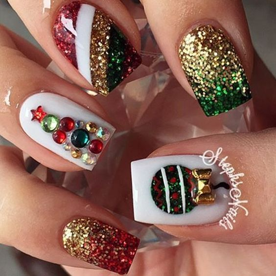 creative-christmas-nail-art-ideas-2016-4
