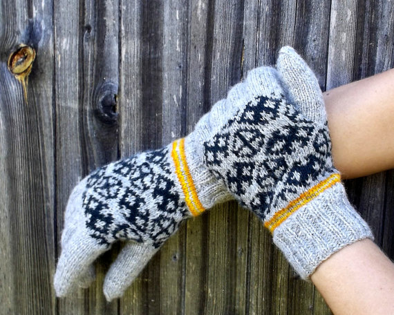 trendy-winter-gloves-from-etsy-2016-4