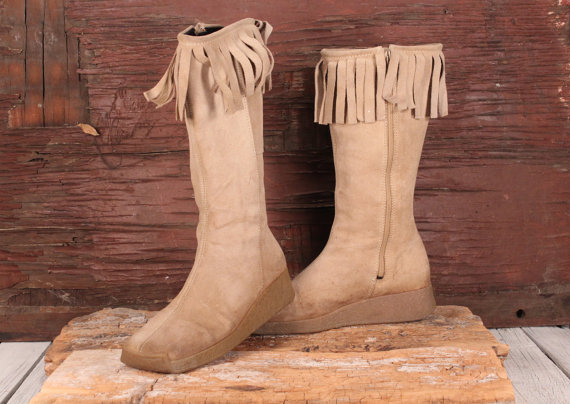 15-stylish-winter-boots-15