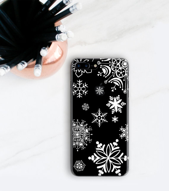 fashionable-winter-phone-case-12