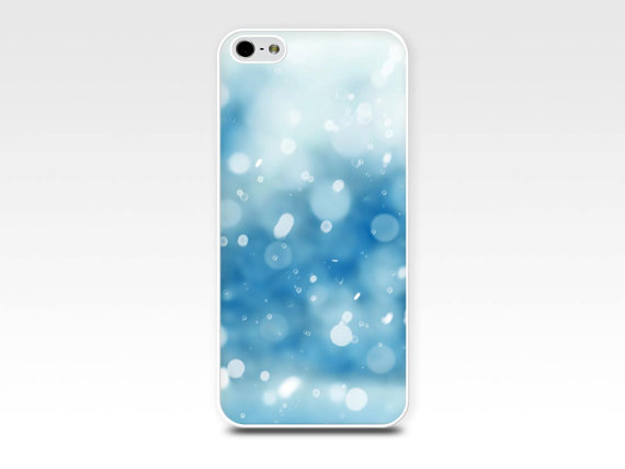 fashionable-winter-phone-case-2